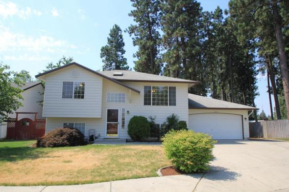 New Listing 803 E Glacier Peak Drive Post Falls Id 83854 Sam Inman 1 Female Real Estate Agent In Sales At Windermere In Kootenai County In 2019 2017 2015 2014 2013 2012 2011 2010 And 2009