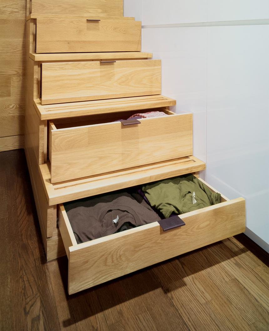 declutter-your-home-stairway-storage-standard_4f959dec73102bd2593a68041f5e6ccc_860x1058_q85